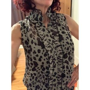 Tops - Animal Print sleeveless blouse